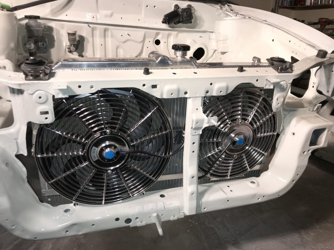 Mishimoto radiator and cooling fans on Time Attack Evo